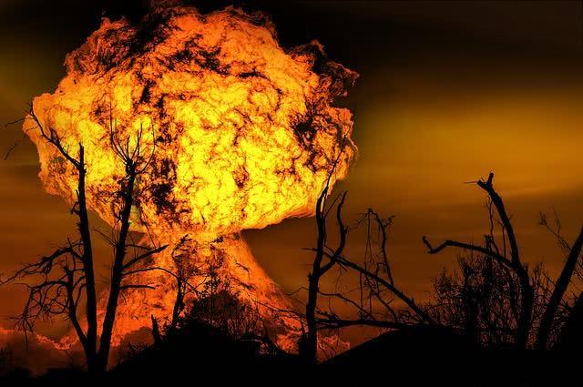 Sonhar com explosão